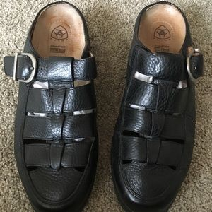 Ariat black leather clogs